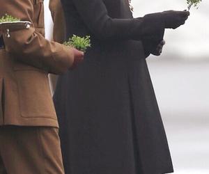 baby bump, royal, and kate middleton image