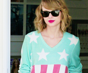 beautiful, Ts, and swifties image