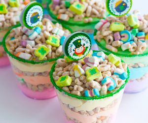 food, marshmallow, and lucky charms image