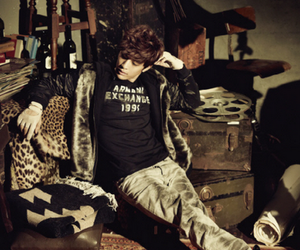 SE7EN and style image