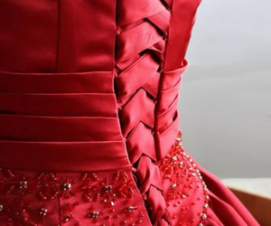 corset and rouge image