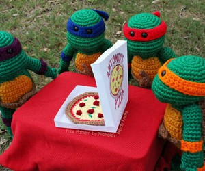 crochet and pizza image