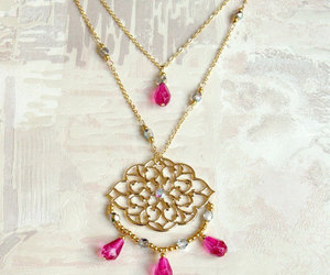 jewelry, long necklace, and pink image