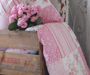 beautiful, blanket, and pink image