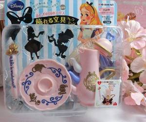 alice in wonderland, rement, and rement tea pot image