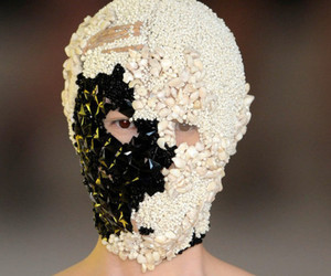 Alexander McQueen, mask, and fashion image