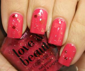 glitter, nailpolish, and nails image