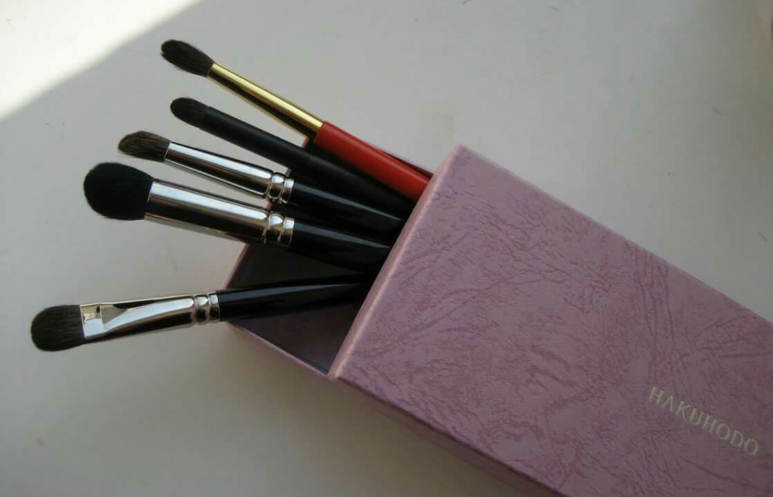 Brushes, makeup artist, and recommended image