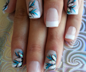 floral, heart, and nails image