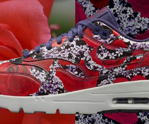 Nike Womens Air Max 1 Ultra QS 87 City Shanghai Plum Blossom