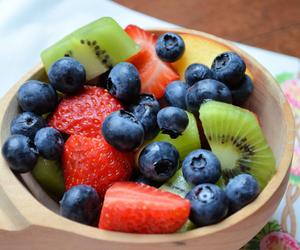 blueberry, fruit, and strawberry image