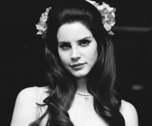 lana del rey and Queen image