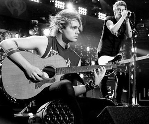 5sos, michael clifford, and luke hemmings image