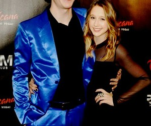 couple, love, and evan peters image