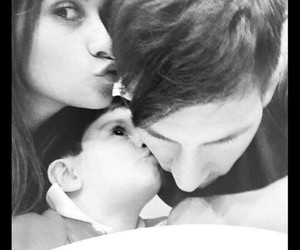 family, kiss, and Thiago image