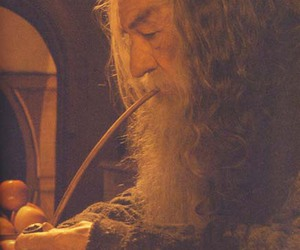 lord of the rings and gandalf image
