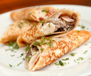 crepes and foof image