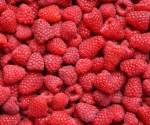 color, delicious, and raspberries image