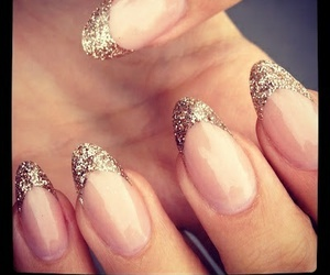 gold, nail art, and sparkle image