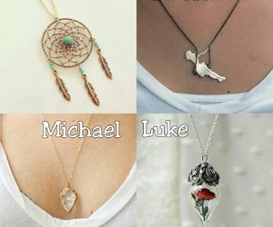 necklace, luke hemmings, and 5sos image