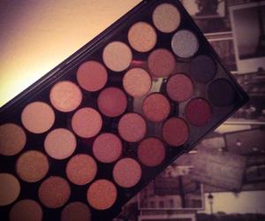 makeup, pretty, and eyeshadows image
