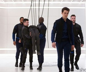 peter, insurgent, and tris image