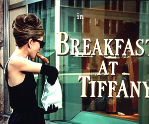 Breakfast at Tiffany's, audrey hepburn, and gif image