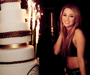 miley cyrus, miley, and cake image