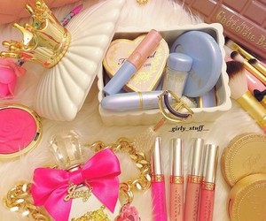 cosmetics, kawaii, and fashion image