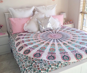 bed, boho, and girl image