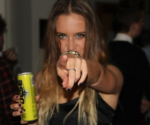drink, pretty, and girl image