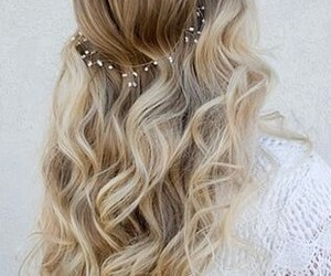 curls, fashion, and goals image