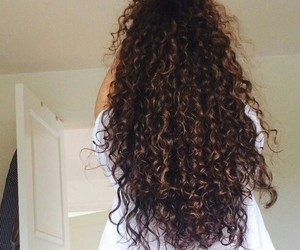 curly, hair, and beauty image