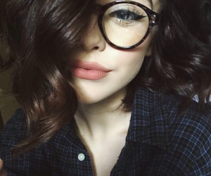 acacia clark, acacia brinley, and beauty image