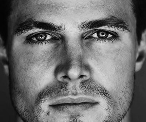 arrow, stephen amell, and boy image