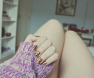 fingers, girl, and legs image