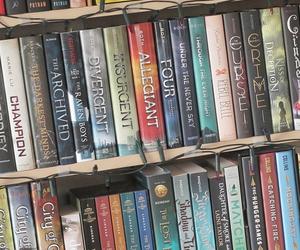 book, divergent, and bookshelf image