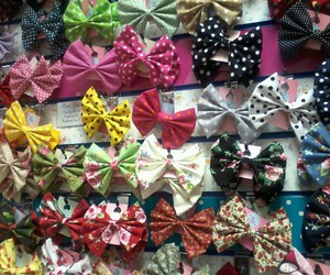 bows, shop, and colourful image