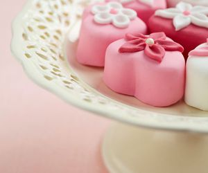 sweet, pink, and cake image