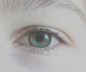 pale, beautiful, and eye image