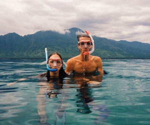 couple, summer, and sea image