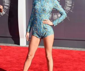 Taylor Swift and mtv vma 2014 image