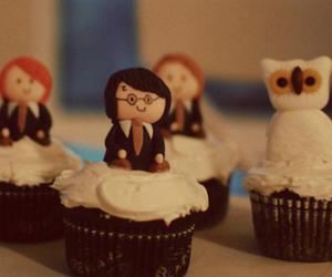 harry potter and cupcake image