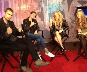 Ellie Goulding, theo james, and divergent image