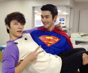 donghae, siwon, and super junior image