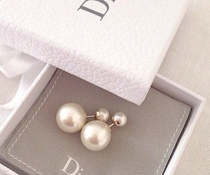 dior and pearls image