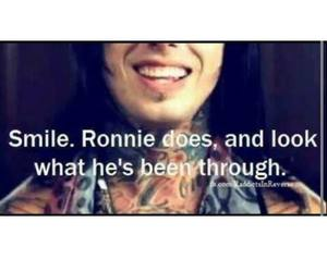 smile and ronnie radke image