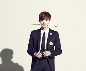 lee jong suk, actor, and jongsuk image
