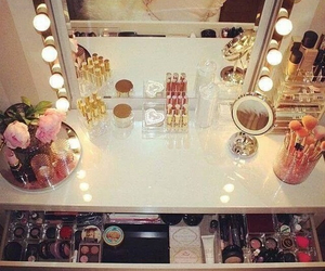 beauty, bedroom, and dressing table image