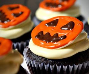 Halloween, food, and cupcakes image